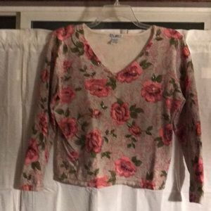 Sweaters - Crop sweater pink and and green roses